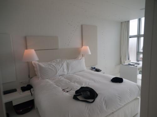Camera albă