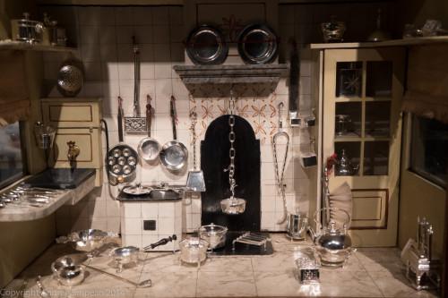 bucătărie din căsuța păpușilor