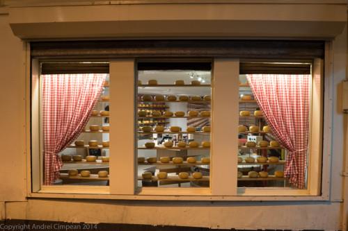 yamyyy....brânzeturi olandeze