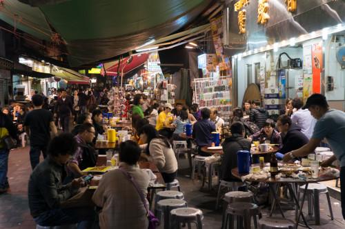 Piața de noapte- Temple Street, Kowloon