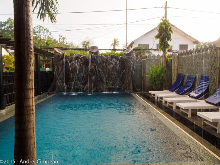 piscina nr 2